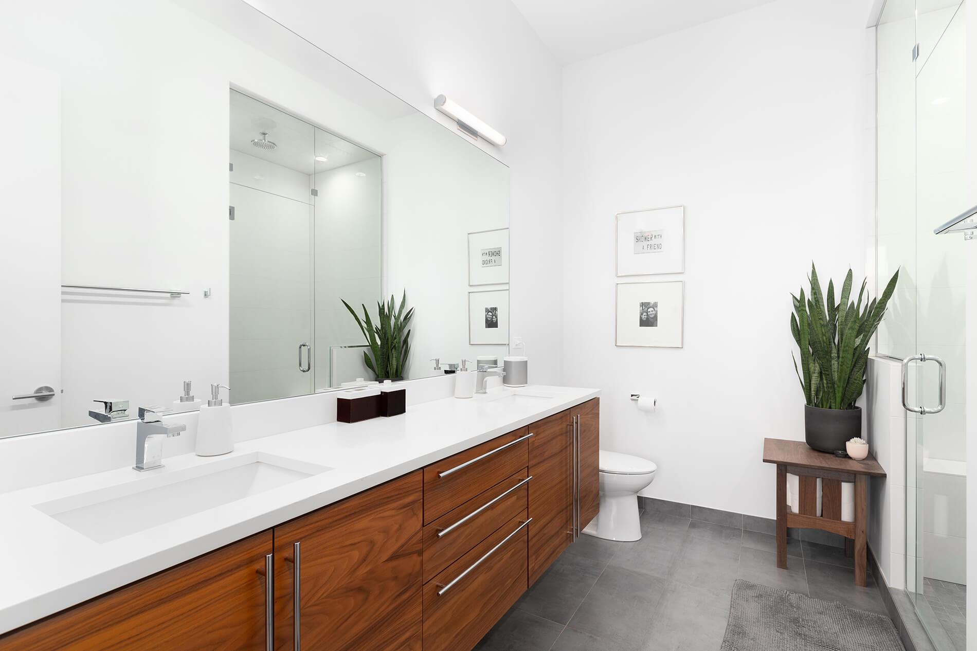 bathroom caulking